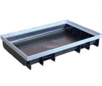 Пластиковый поддон 600/400/22 с окантовкой